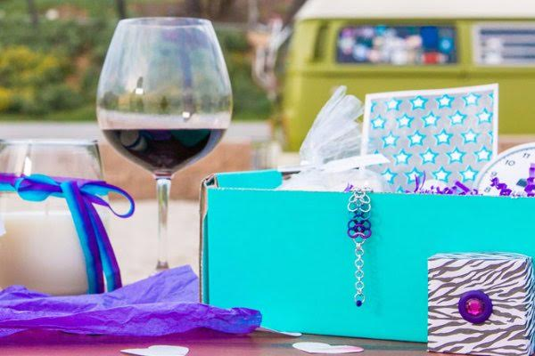 peace love wine subscription box